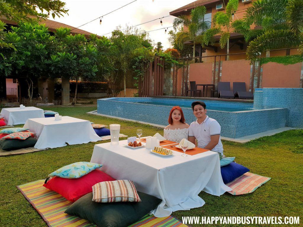 Picnic Area Asian Village Tagaytay Happy and Busy Review