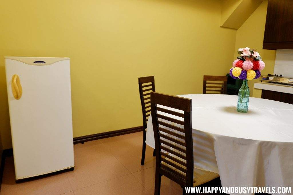 Kitchen of Asian Village Tagaytay Happy and Busy Review