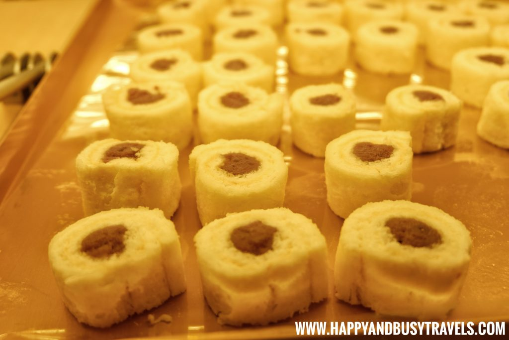 Ube Cake Bites D' Banquet Bakeshop and Restuurant Happy and Busy Travels to Tagaytay