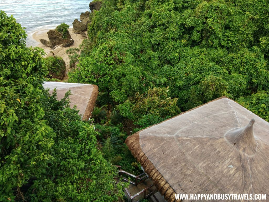 Muni Muni Villa Cliff Villa Ocean's Edge Resort Carabao Island Romblon Review Happy and Busy Travels