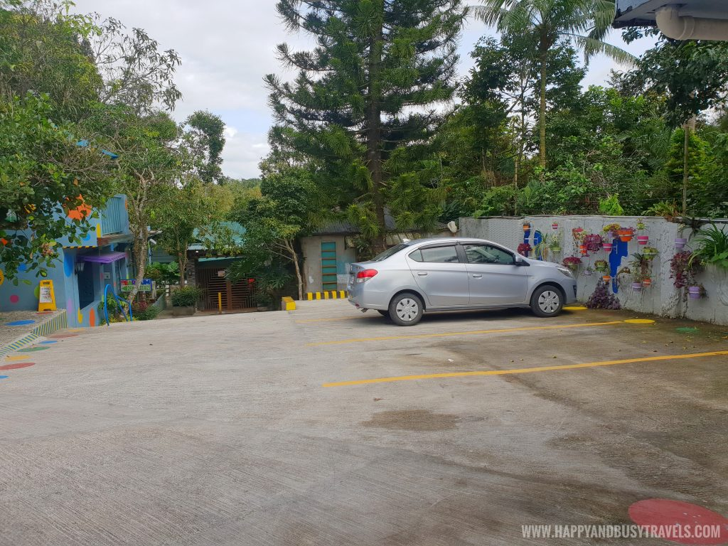Parking of Bearseum Bear Museum in Tagaytay City Happy and Busy Travels review