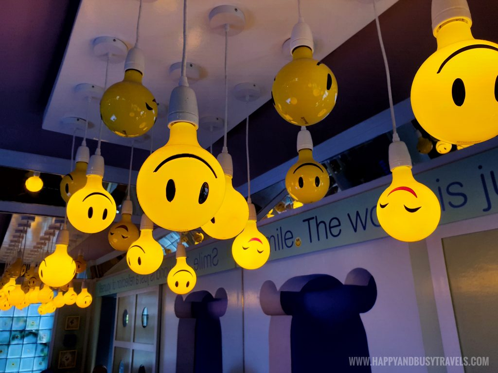 smiling lights in the lobby of Bearseum Bear Museum in Tagaytay City Happy and Busy Travels review