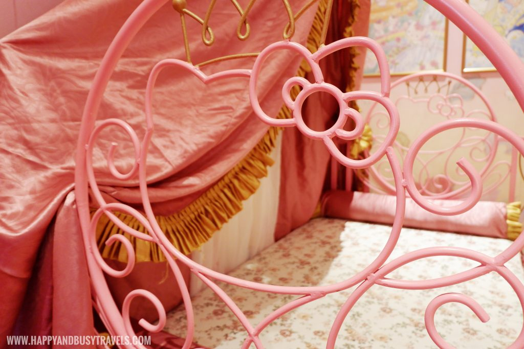 Hello Kitty bed railings