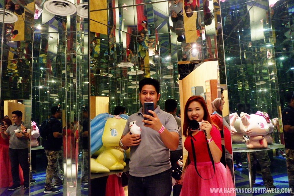 room full of mirrors in Hello Kitty in Oz the lost chapter Hello Kitty Town Puteri Harbour Johor Malaysia Happy and Busy Travels