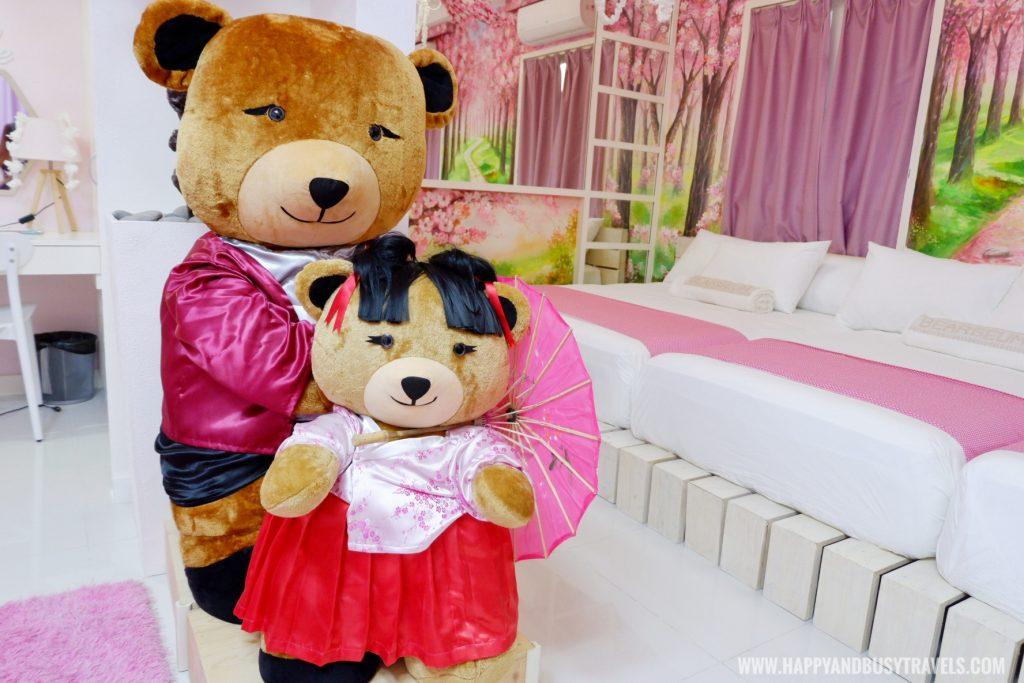 teddy bear Blossomville room Bearseum Suites Hotel in Tagaytay Happy and Busy Travels review