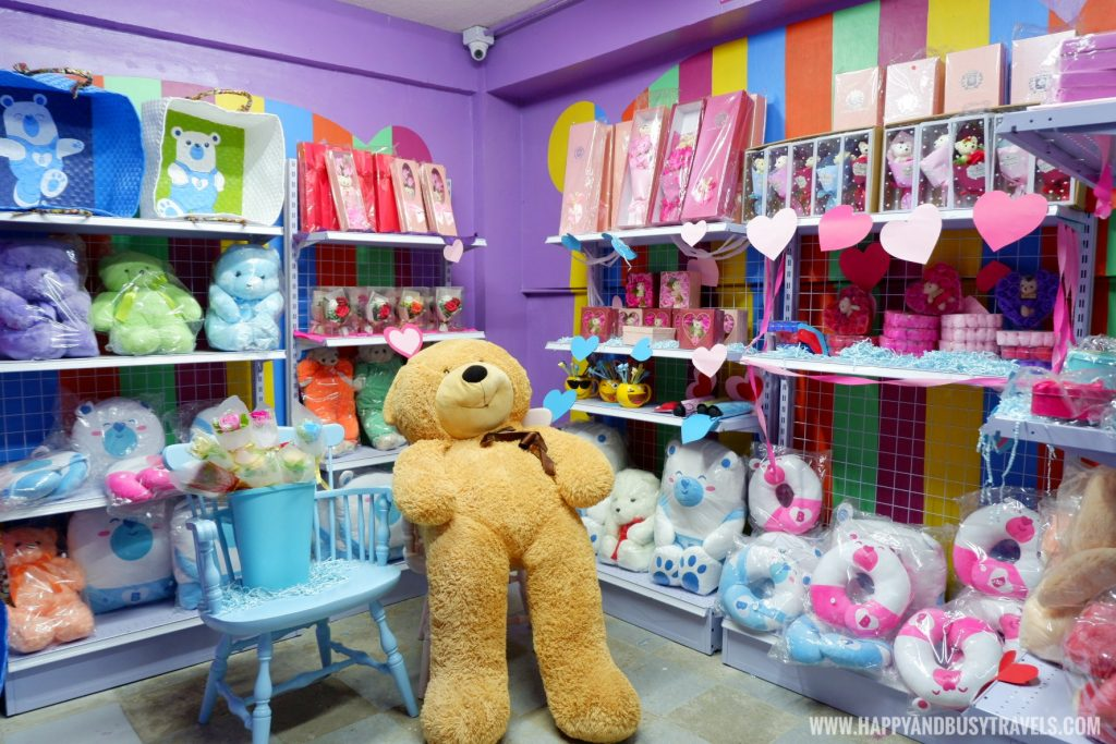 Gift Shop Bearseum Suites Hotel in Tagaytay Happy and Busy Travels review