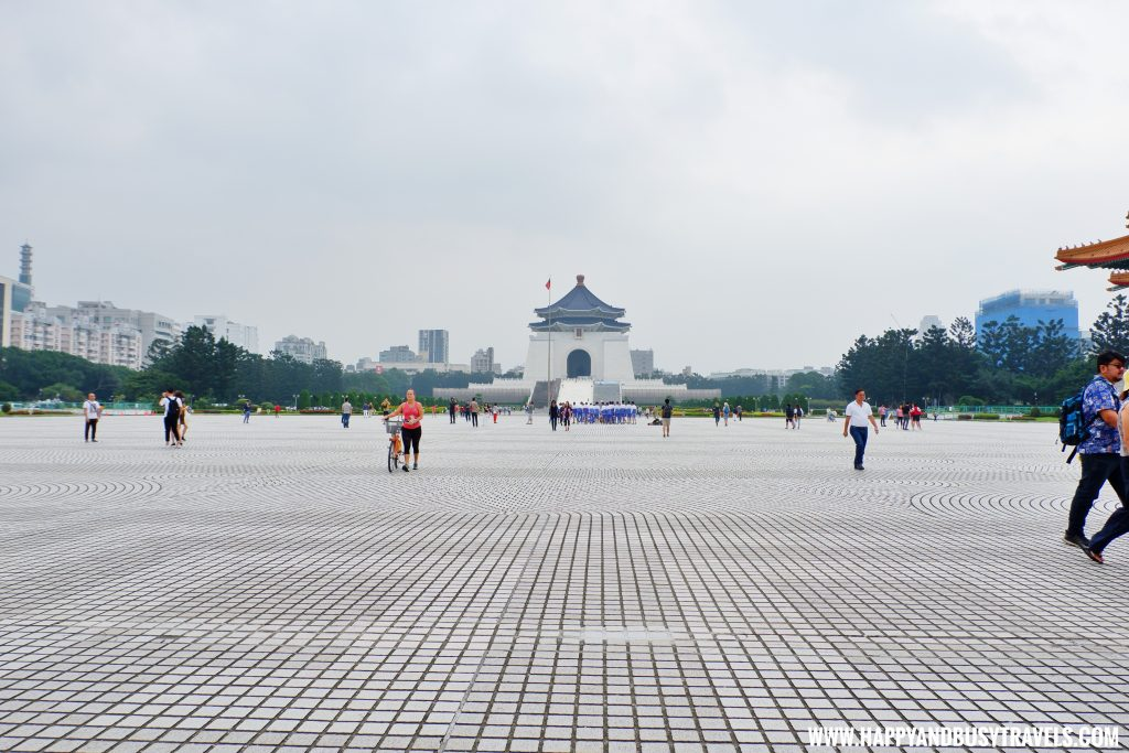 National Chiang Kai Shek Memorial Hall 中正紀念堂 Democracy Square Happy and Busy Travels to Taiwan