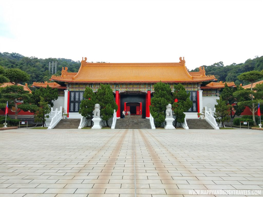 Entrance Building National Revolutionary Martyrs' Shrine 國民革命忠烈祠 - Happy and Busy Travels to Taiwan