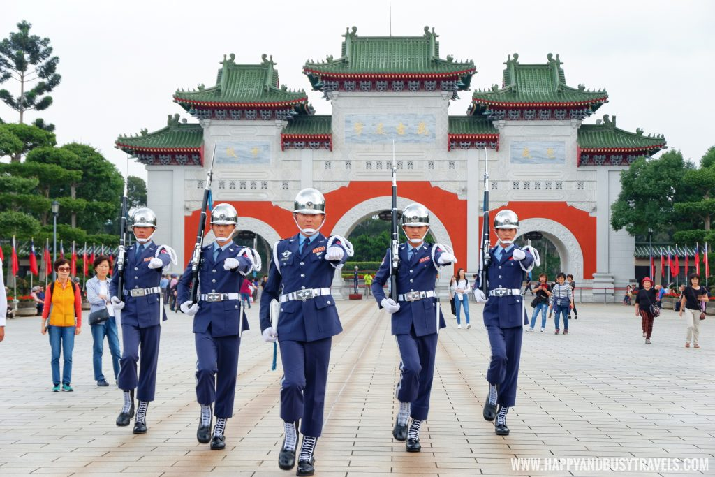 changing of guards National Revolutionary Martyrs Shrine 國民革命忠烈祠 - Happy and Busy Travels to Taiwan