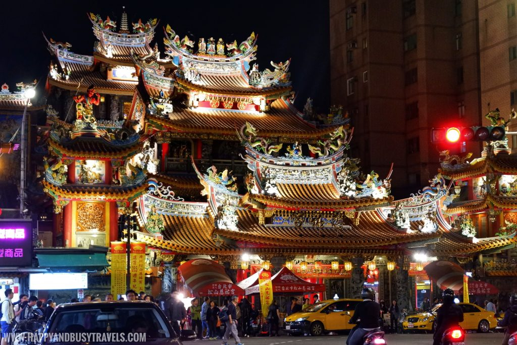 Raohe Night Market Ciyou Temple (饒河夜市慈祐宮) Raohe Night Market - Happy and Busy Travels to Taiwan
