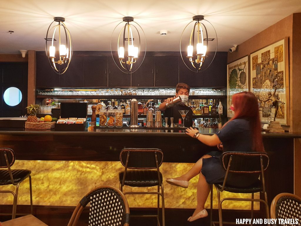 Lobby bar Unwnd Lux Hostel Poblacion Makati - Happy and Busy Travels review