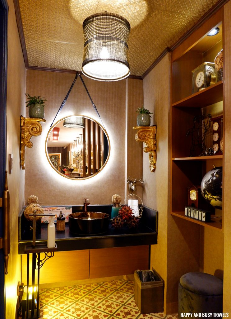lobby comfort room Unwnd Lux Hostel Poblacion Makati - Happy and Busy Travels review