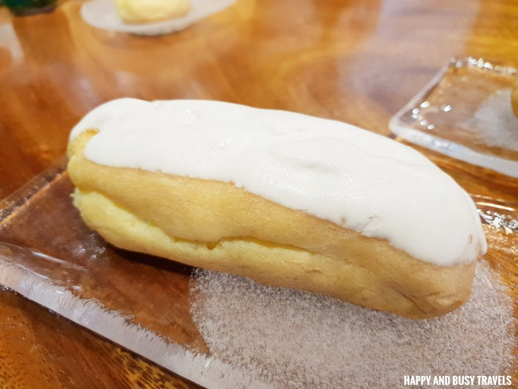 White Chocolate Eclair Himawari Specialty Coffee Silang Tagaytay - Happy and Busy Travels Review