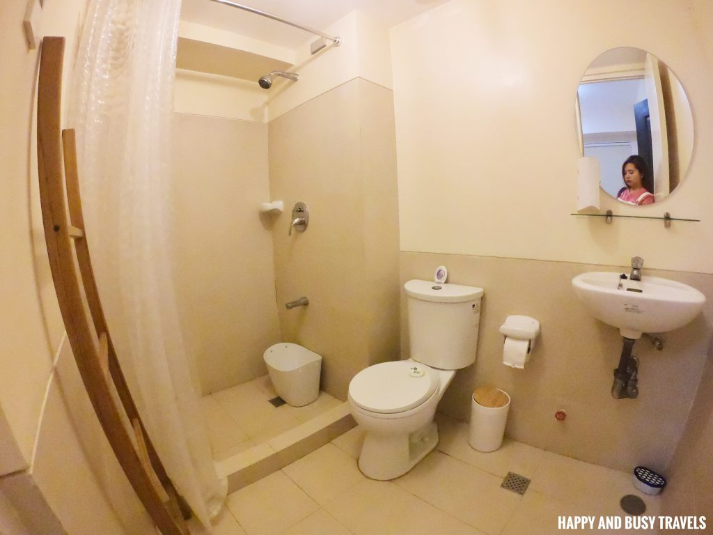 comfort room Rafanya Sanctuary - Happy and Busy Travels Where to stay in Tagaytay Condo Unit Wellington Courtyard