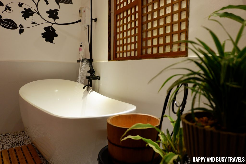 Sitio Gubat Amadeo Cavite 28 - bath tub - sitio grande modern house Happy and Busy Travels to Tagaytay for vacation staycation where to stay